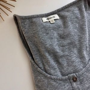 Madewell Henley top with buttons grey